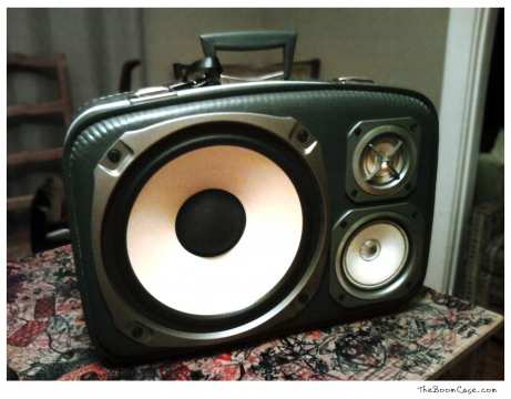 DESIGN | The BoomCase by SiMo – Vintage Suitcase BoomBox. | Single ...
